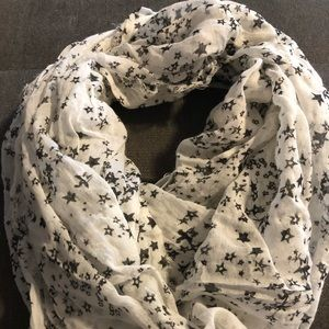 NWT. White infinity scarf w/black and silver stars